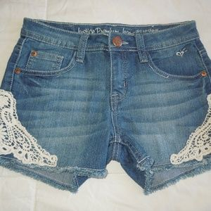 Girls size 14 Justice Premium jean shorts w/lace